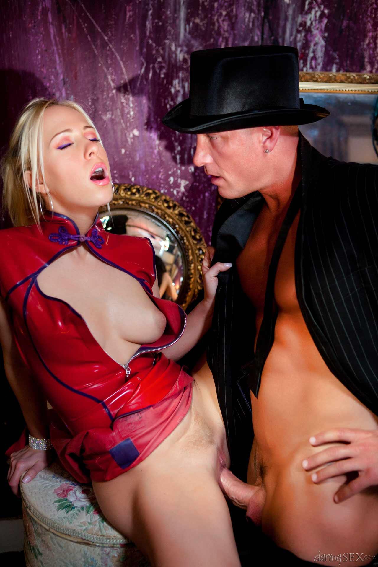 Amateur girl bondage